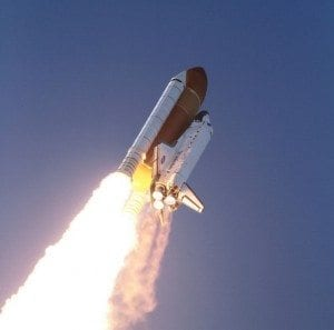 discovery-2011-blast-off2